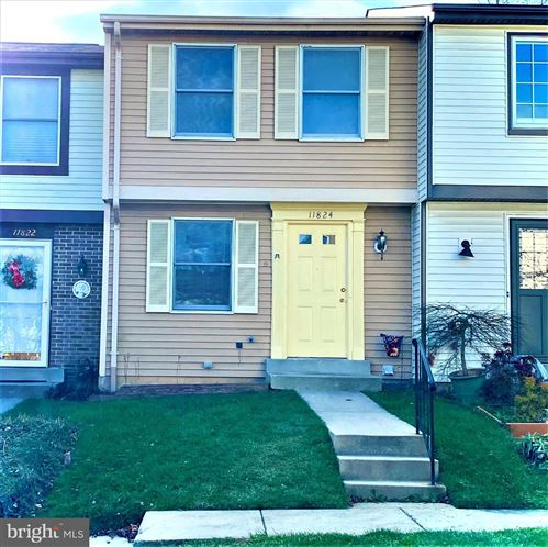 Photo of 11824 ASHBROOK CT, GERMANTOWN, MD 20876 (MLS # MDMC737640)