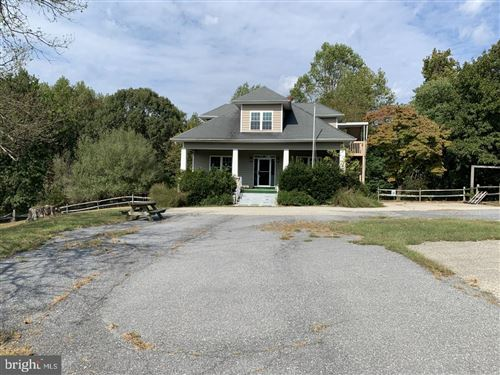 Photo of 4190 HUNTING CREEK RD, HUNTINGTOWN, MD 20639 (MLS # MDCA172644)