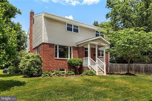 Photo of 10100 HEREFORD PL, SILVER SPRING, MD 20901 (MLS # MDMC665644)