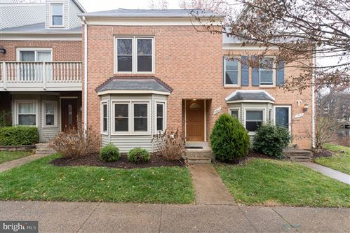 Photo of 7567 CHRISLAND CV, FALLS CHURCH, VA 22042 (MLS # VAFX1101644)