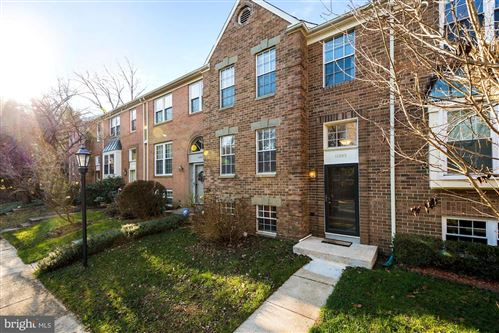 Photo of 11305 BAROQUE RD, SILVER SPRING, MD 20901 (MLS # MDMC737646)