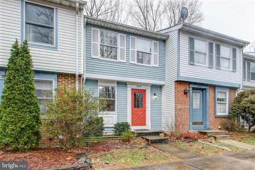 Photo of 8018 GRANDVIEW CT, SPRINGFIELD, VA 22153 (MLS # VAFX999646)