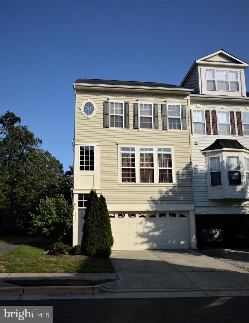 Photo of 2068 CAPSTONE CIR, HERNDON, VA 20170 (MLS # VAFX1162646)
