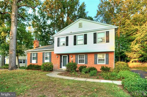 Photo of 12019 HITCHING POST LN, NORTH BETHESDA, MD 20852 (MLS # MDMC681648)