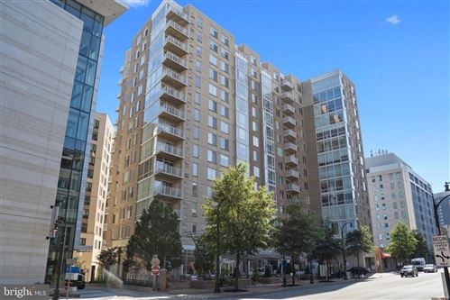 Photo of 930 WAYNE AVE #1308, SILVER SPRING, MD 20910 (MLS # MDMC725648)