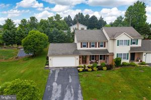 Photo of 6 EDGEWOOD DR, LITITZ, PA 17543 (MLS # PALA138648)