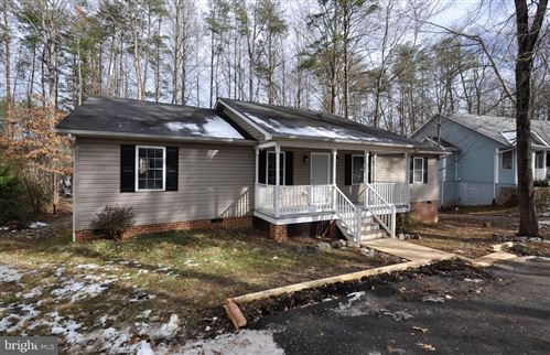 Photo of 309 STRATFORD CIR, LOCUST GROVE, VA 22508 (MLS # VAOR135650)