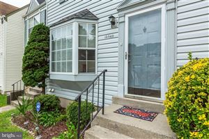 Photo of 13849 LAURA RATCLIFF CT, CENTREVILLE, VA 20121 (MLS # VAFX1089652)