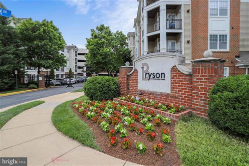 Photo of 12945 CENTRE PARK CIR #302, HERNDON, VA 20171 (MLS # VAFX1135656)