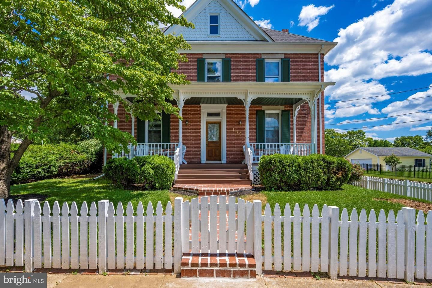 Photo of 102 BROAD ST, MIDDLETOWN, MD 21769 (MLS # MDFR2000656)
