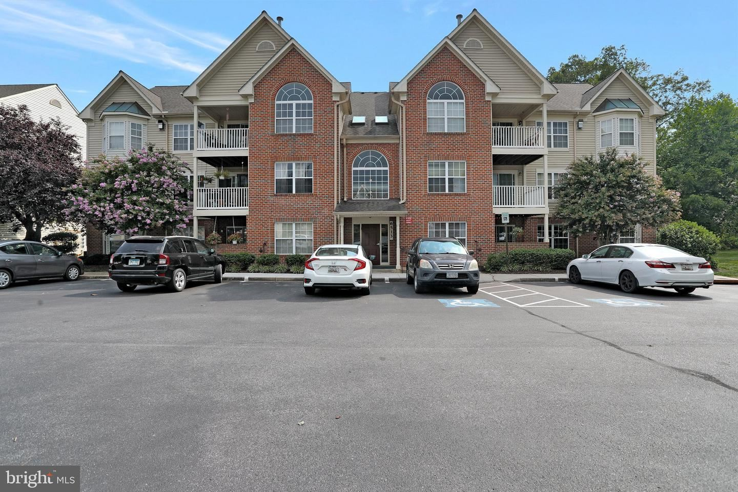 Photo of 6513 SPRINGWATER CT #5204, FREDERICK, MD 21701 (MLS # MDFR2002656)