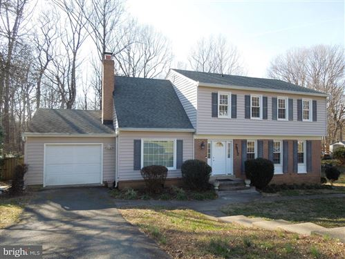 Photo of 7812 CLIFFSIDE CT, SPRINGFIELD, VA 22153 (MLS # VAFX1116660)