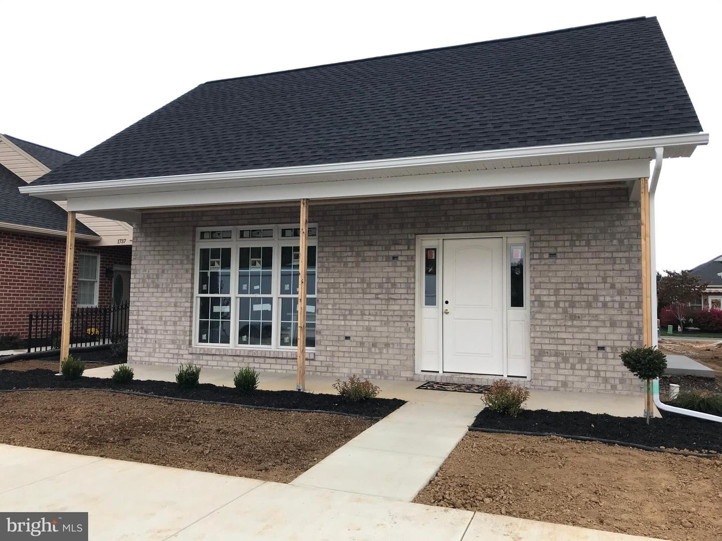 Photo of 1735 MERIDIAN DR #LOT 67, HAGERSTOWN, MD 21742 (MLS # MDWA174660)