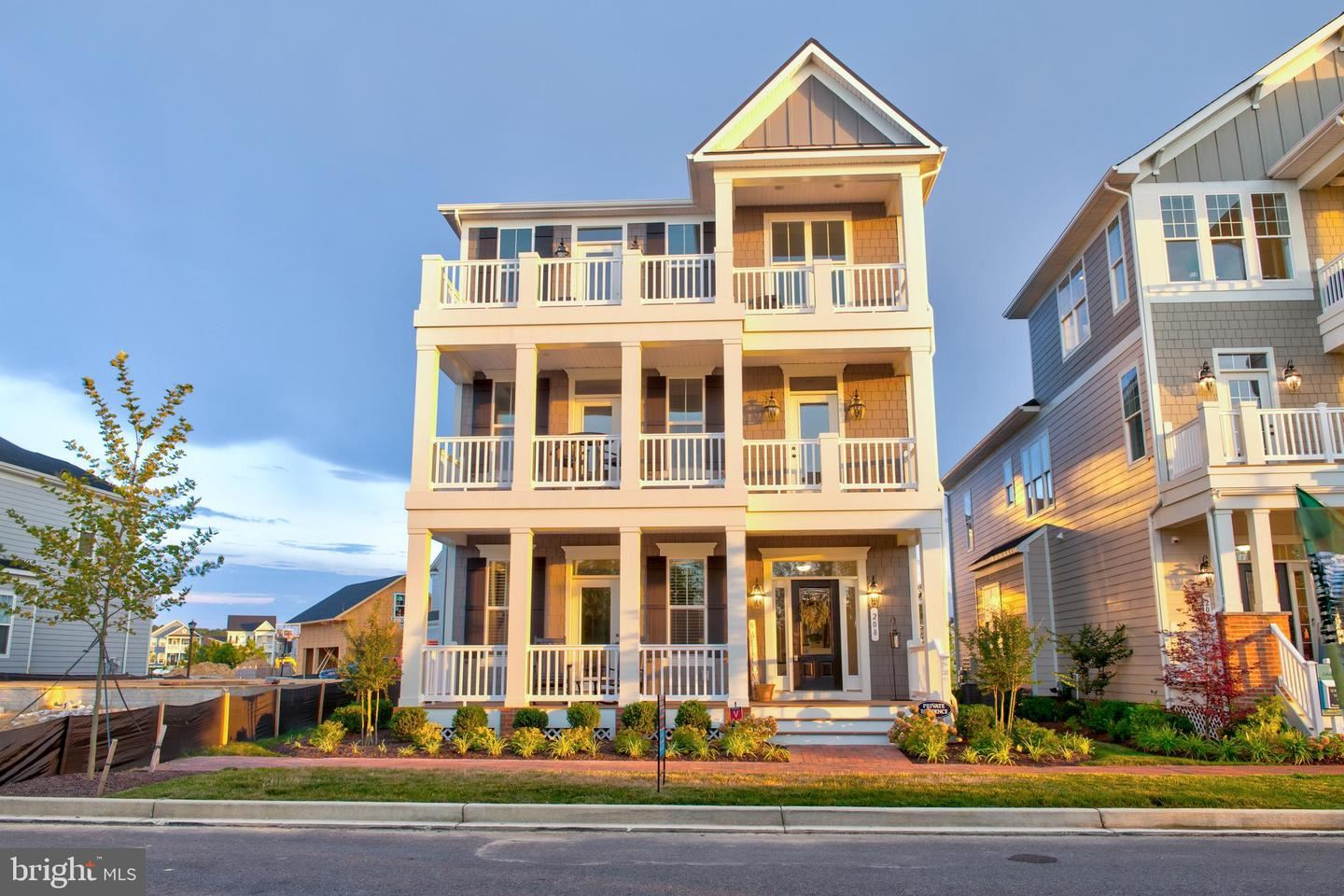 Photo of 208 WINCHESTER ST, CHESTER, MD 21619 (MLS # MDQA144662)