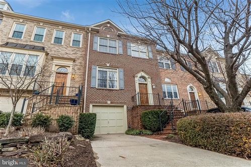 Photo of 3912 BARCROFT MEWS CT, FALLS CHURCH, VA 22041 (MLS # VAFX1180666)
