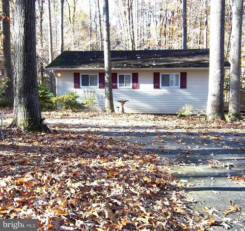 Photo of 4605 LAKEVIEW PKWY, LOCUST GROVE, VA 22508 (MLS # VAOR138666)