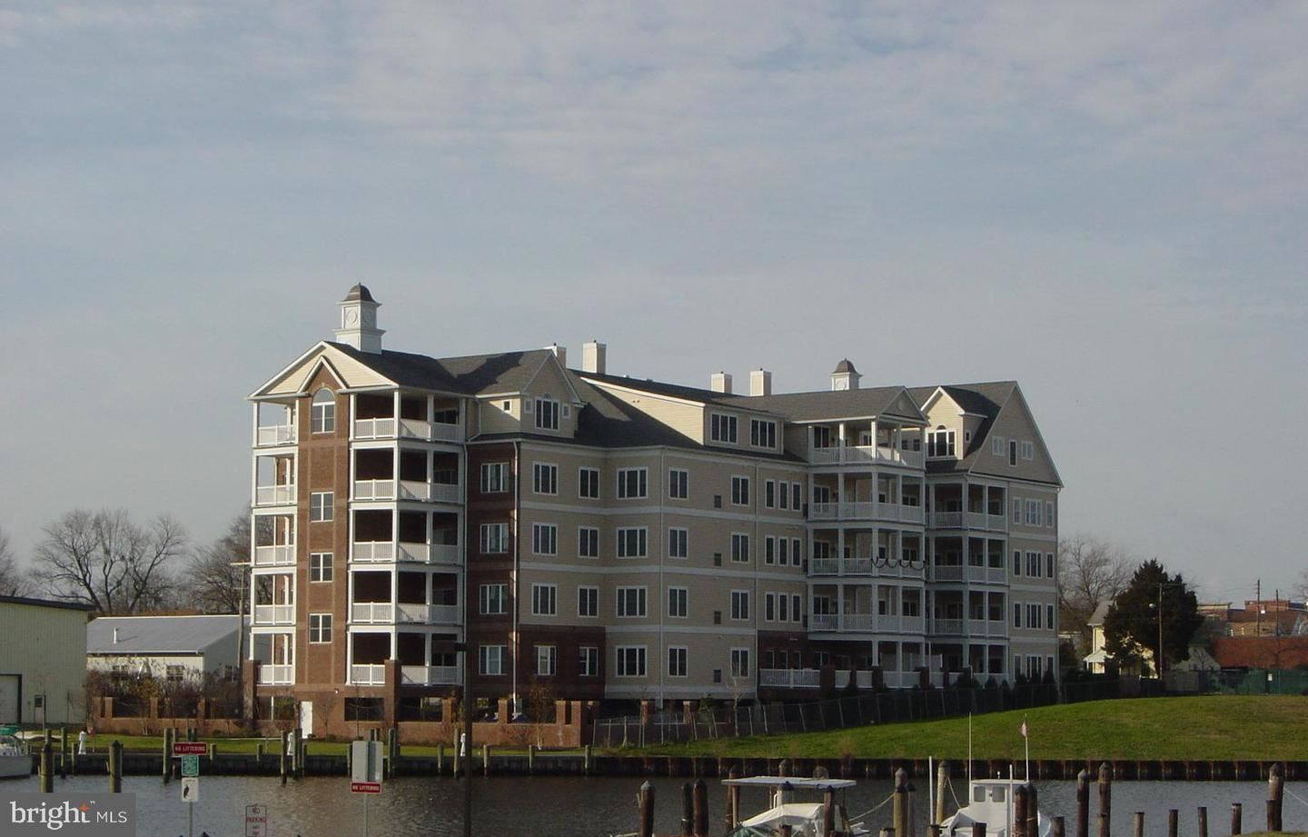 Photo for 301 MUIR ST #406, CAMBRIDGE, MD 21613 (MLS # MDDO124668)