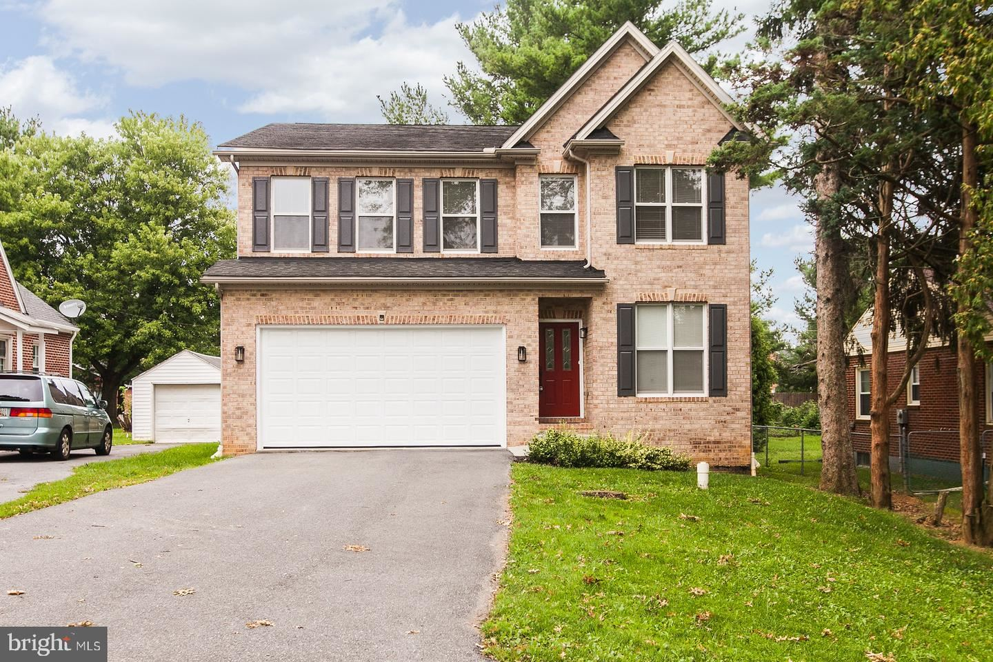 Photo of 1612 DUAL HWY, HAGERSTOWN, MD 21740 (MLS # MDWA174668)