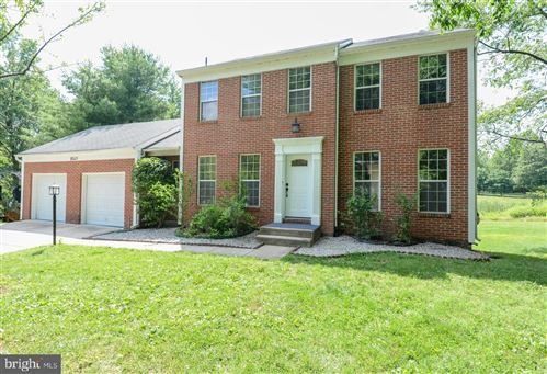 Photo of 8549 DARK HAWK CIR, COLUMBIA, MD 21045 (MLS # MDHW281670)