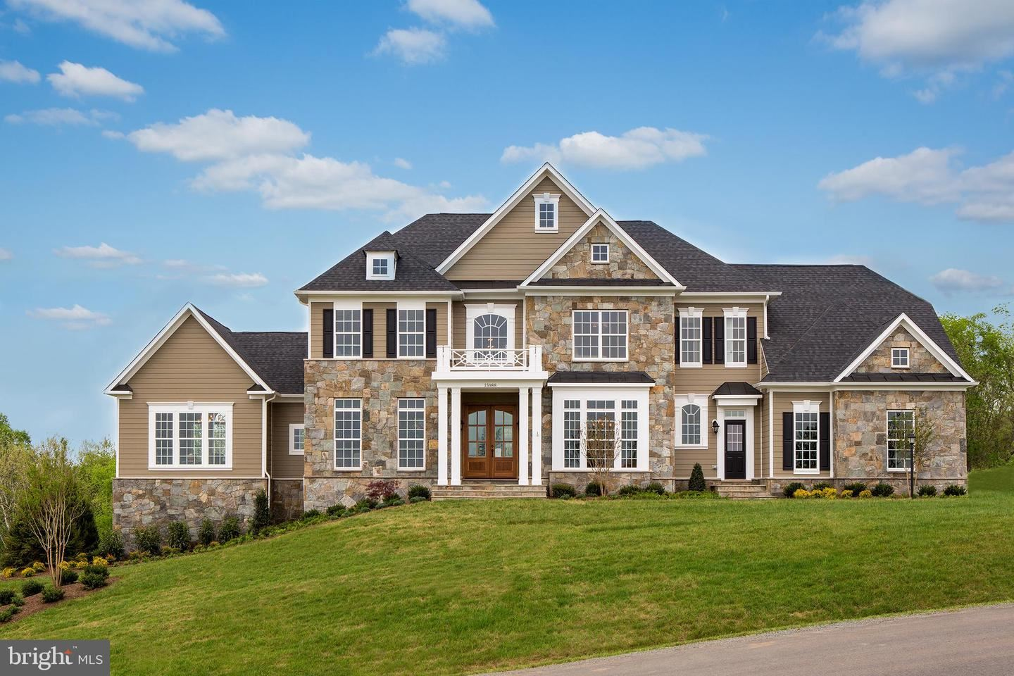 Photo of 15988 WATERFORD CREST PL, PAEONIAN SPRINGS, VA 20129 (MLS # VALO417670)