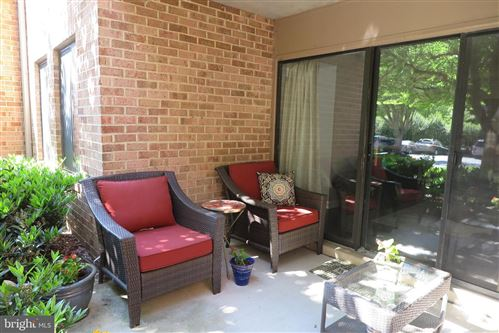 Photo of 11419-T4 COMMONWEALTH DR #4, ROCKVILLE, MD 20852 (MLS # MDMC758672)