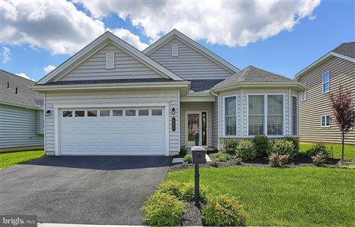 Photo of 453 SETTLERS DR, LITITZ, PA 17543 (MLS # PALA139672)