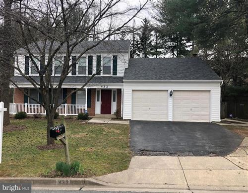 Photo of 432 BOSTWICK LN, GAITHERSBURG, MD 20878 (MLS # MDMC740674)