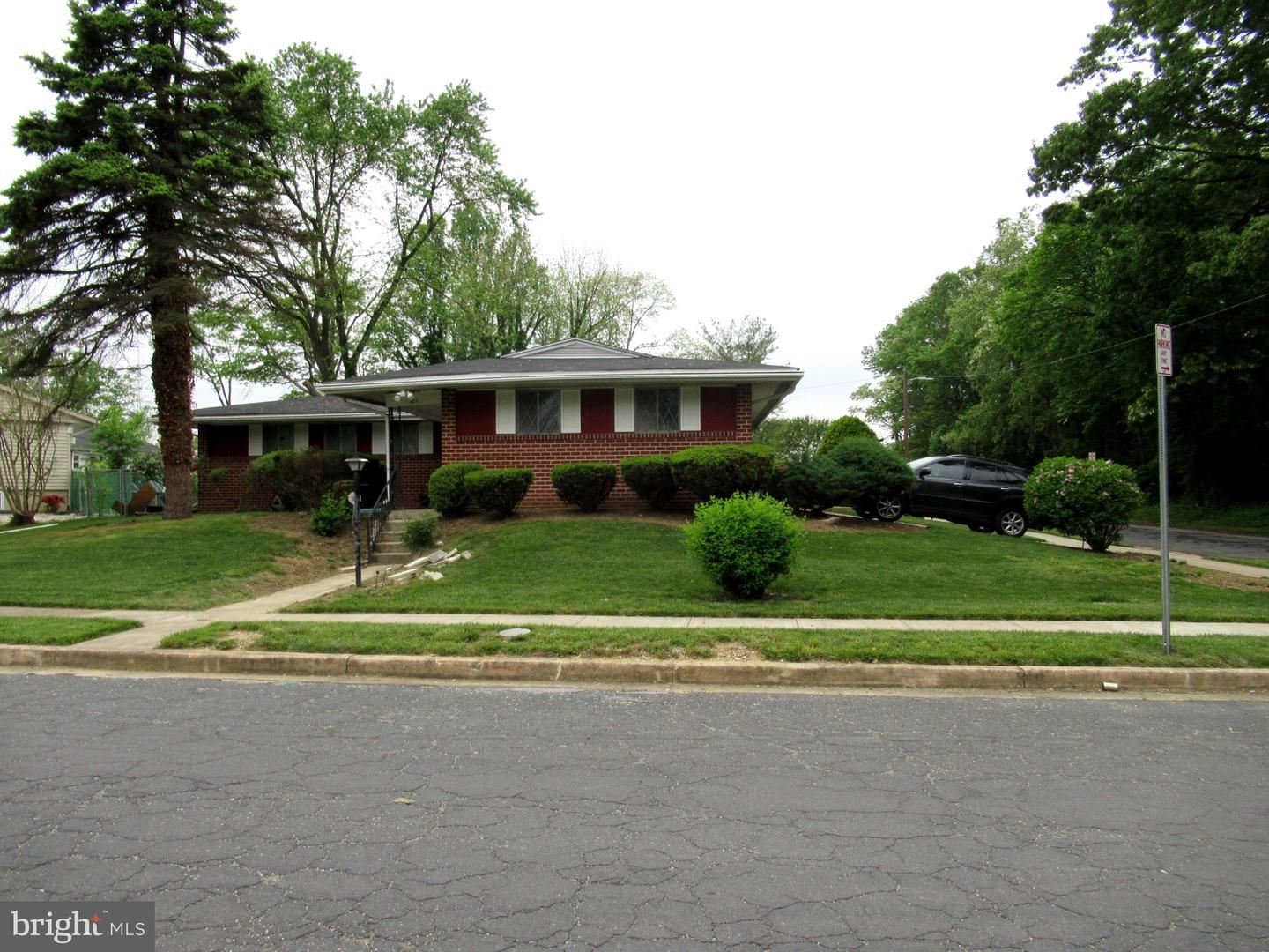 201 SUTER RD, Baltimore, MD 21228 - MLS#: MDBC494674