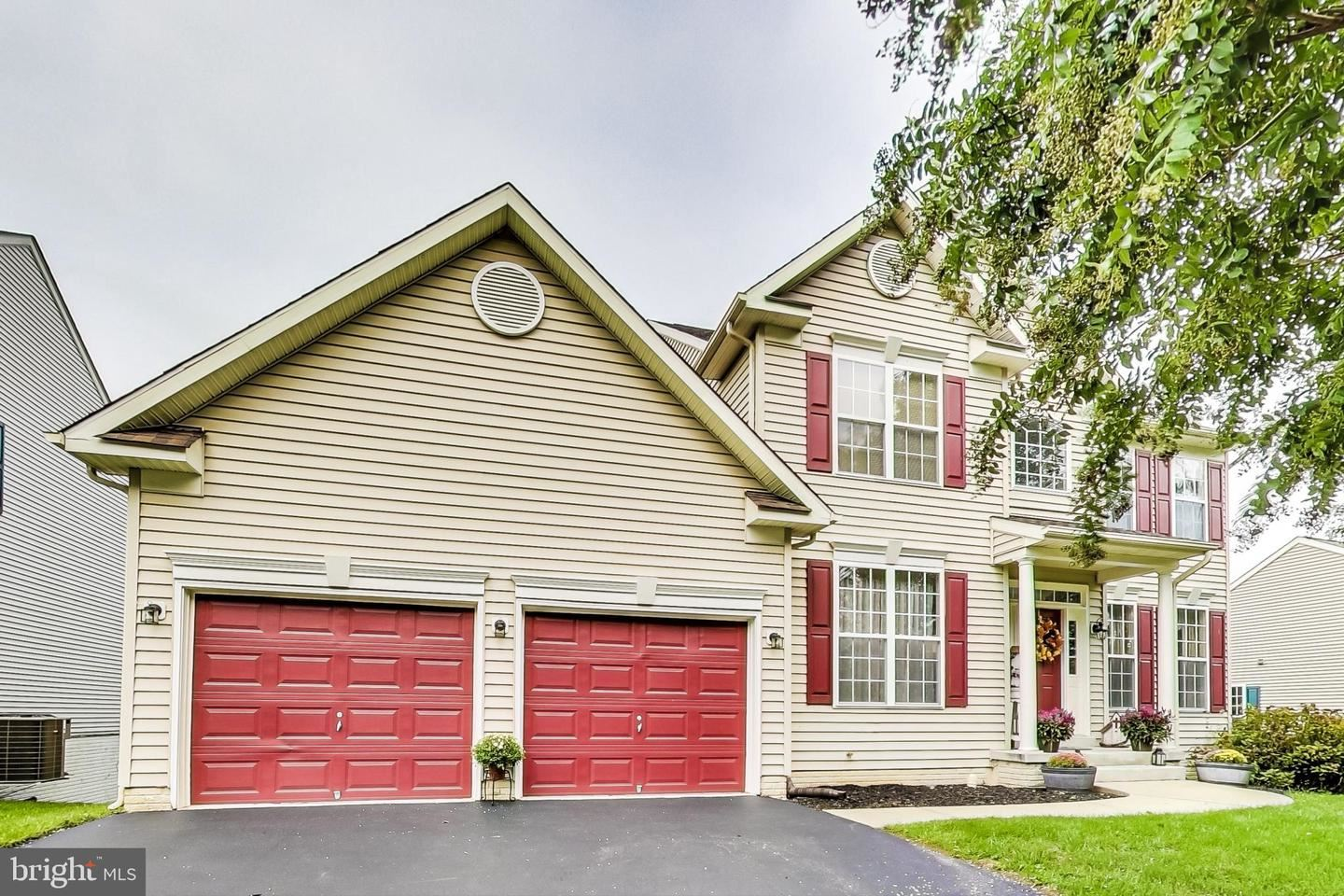 Photo of 5722 LITTLE SPRING WAY, FREDERICK, MD 21704 (MLS # MDFR269674)