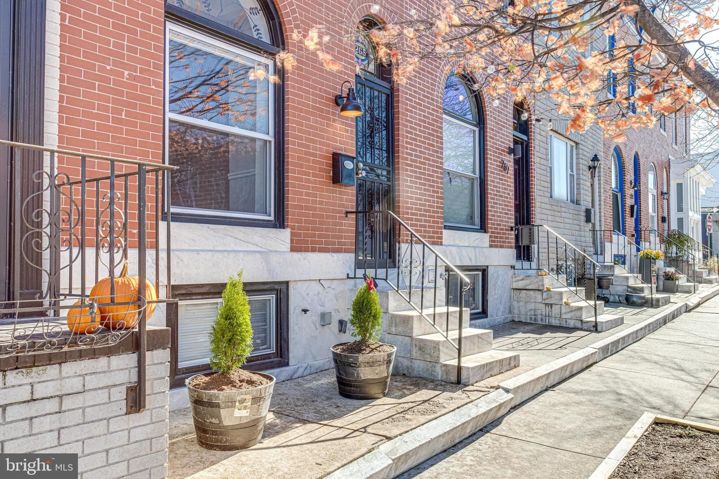 Photo of 265 S EAST AVE, BALTIMORE, MD 21224 (MLS # MDBA532678)