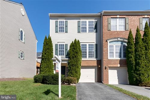 Photo of 13911 CHATTERLY PL, GERMANTOWN, MD 20874 (MLS # MDMC729684)