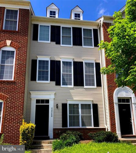 Photo of 42900 PAMPLIN TER, CHANTILLY, VA 20152 (MLS # VALO411684)