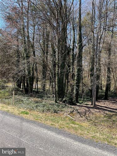 Photo of 307 HARRISON CIR, LOCUST GROVE, VA 22508 (MLS # VAOR138684)