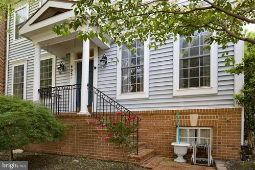 Photo of 403 GARDEN VIEW WAY, ROCKVILLE, MD 20850 (MLS # MDMC662686)