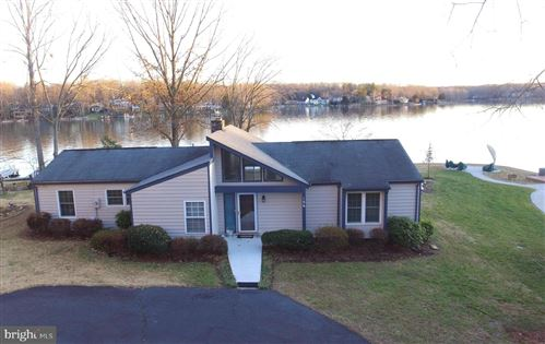 Photo of 106 MOUNT VERNON CT, LOCUST GROVE, VA 22508 (MLS # VAOR135688)