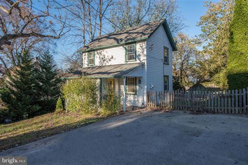 Photo of 943 FAIRVIEW AVE, WAYNE, PA 19087 (MLS # PACT483690)