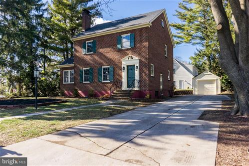 Photo of 12806 FOUNTAIN HEAD RD, HAGERSTOWN, MD 21742 (MLS # MDWA170692)