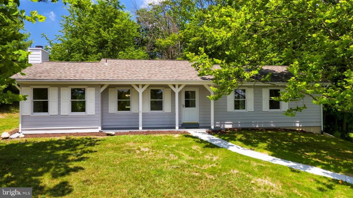 Photo of 7910 HOPE VALLEY CT, ADAMSTOWN, MD 21710 (MLS # MDFR266694)