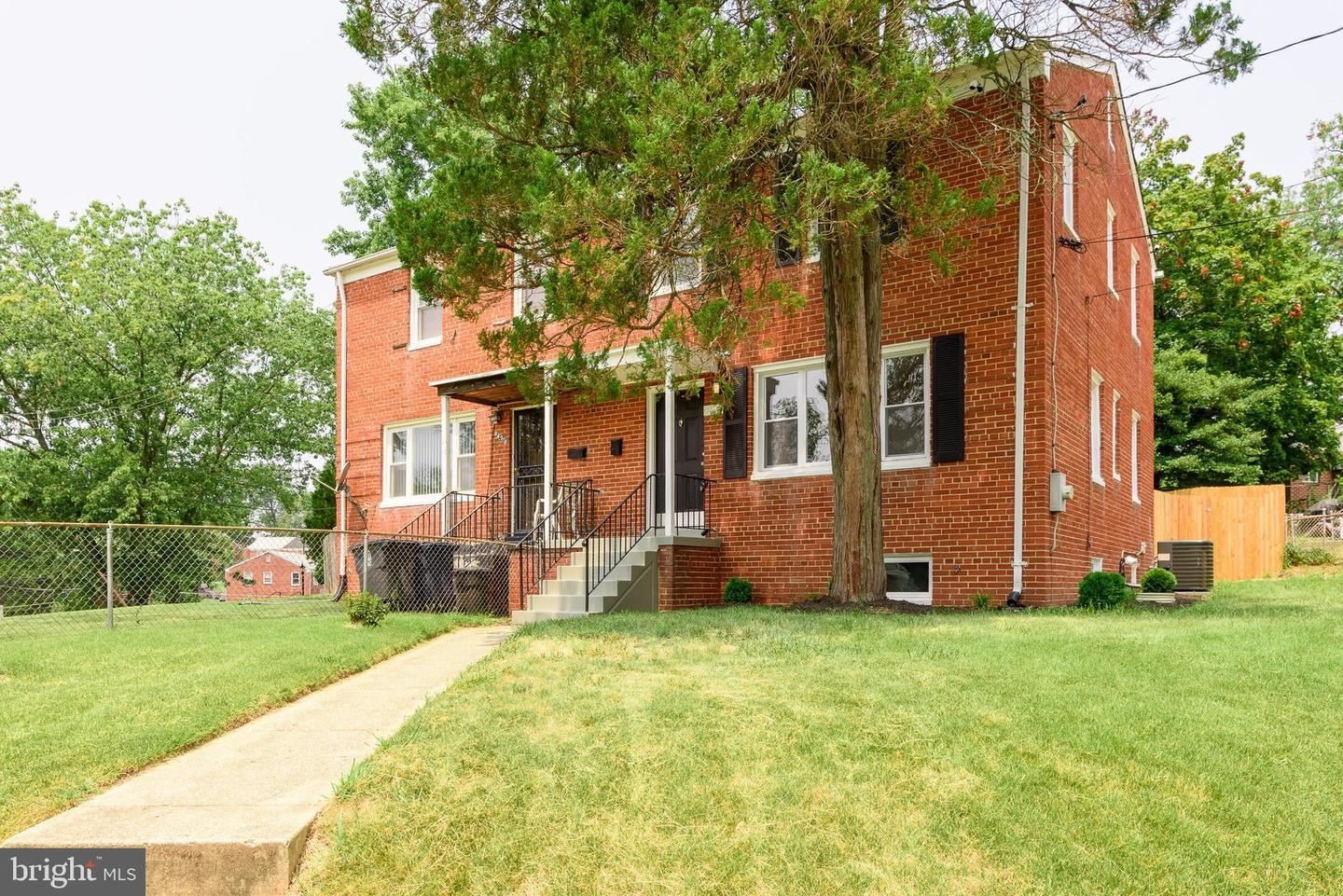 Photo of 4129 ATMORE PL, TEMPLE HILLS, MD 20748 (MLS # MDPG609694)