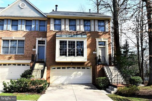 Photo of 11301 HOLLOWSTONE DR, ROCKVILLE, MD 20852 (MLS # MDMC694696)