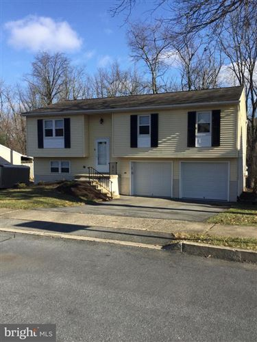 Photo of 2544 VALLEY DR, LANCASTER, PA 17603 (MLS # PALA156696)