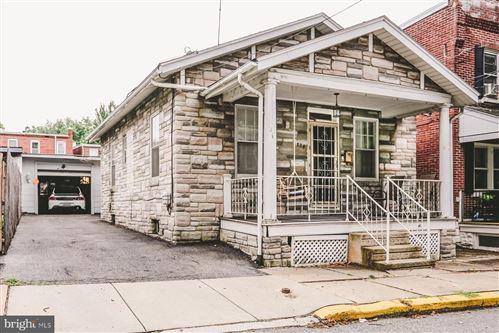 Photo of 824 W VINE ST, LANCASTER, PA 17603 (MLS # PALA168696)
