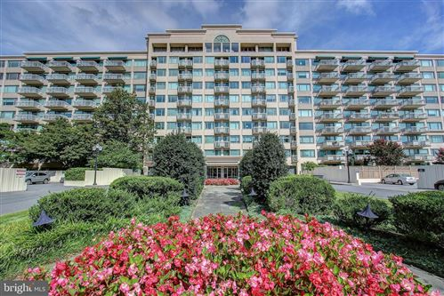 Photo of 5450 WHITLEY PARK TER #811, BETHESDA, MD 20814 (MLS # MDMC684698)
