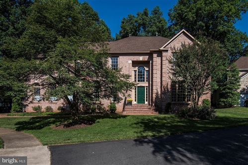 Photo of 3402 FRANKLIN MANOR CT, FAIRFAX, VA 22033 (MLS # VAFX1198698)