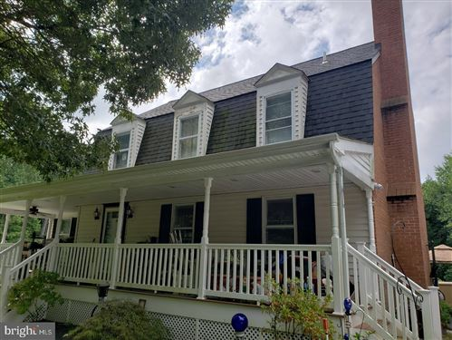 Photo of 1220 HOLLYBERRY CT, HUNTINGTOWN, MD 20639 (MLS # MDCA178700)