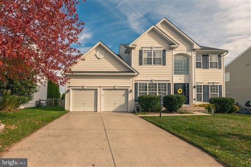 Photo of 714 INVERMERE DR NE, LEESBURG, VA 20176 (MLS # VALO398702)