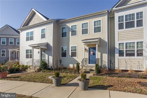 Photo of 531 ENGLISH OAK LN, PRINCE FREDERICK, MD 20678 (MLS # MDCA175706)