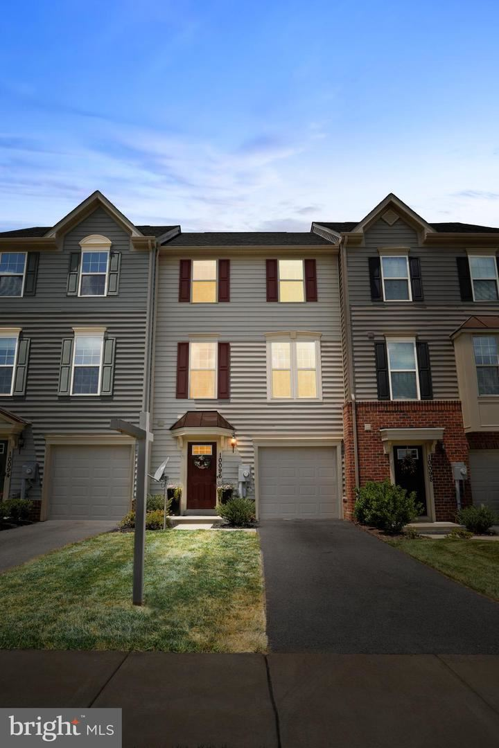 Photo of 10096 BEERSE ST, IJAMSVILLE, MD 21754 (MLS # MDFR266706)