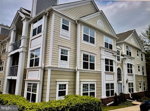Photo of 102 KENDRICK PL #22, GAITHERSBURG, MD 20878 (MLS # MDMC752708)