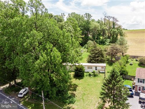 Photo of 464 MARTIC HEIGHTS DR, HOLTWOOD, PA 17532 (MLS # PALA163708)